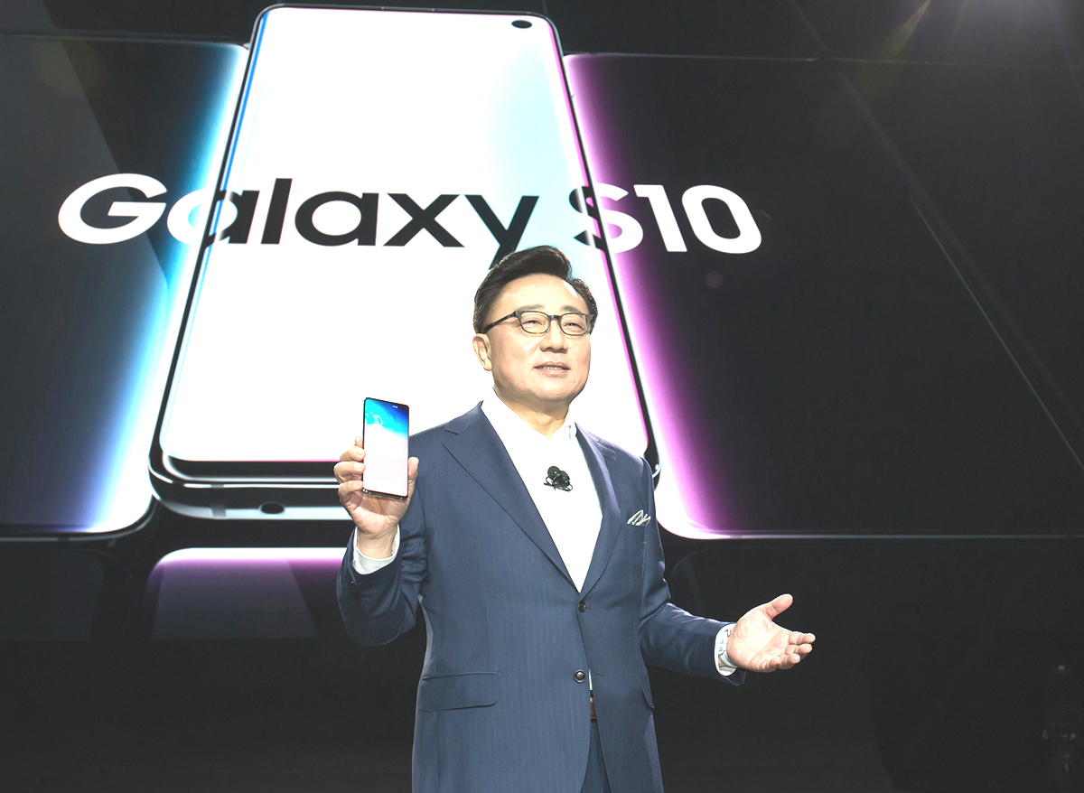 Samsung Launches Galaxy S10 with Faster 5G Connectivity