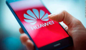 Chinese Tech Gaint Huawei  expecting  60% fall in smartphone shipments